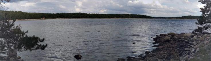 Tjärnö - walk along the bay